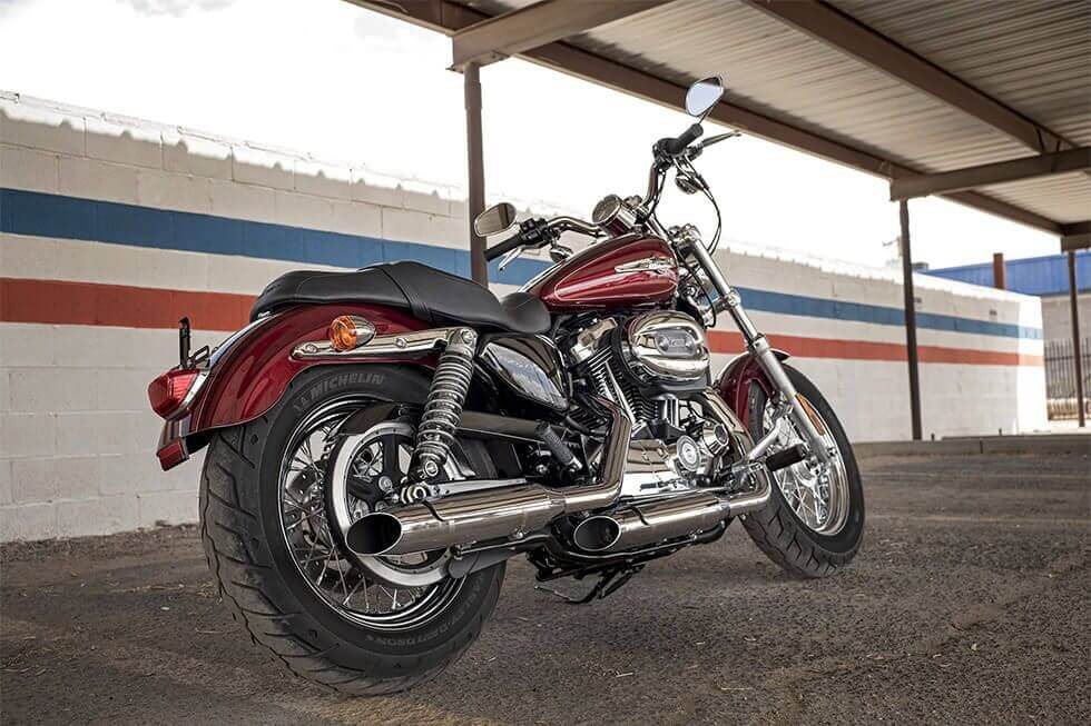 harley-davidson-1200-custom-05