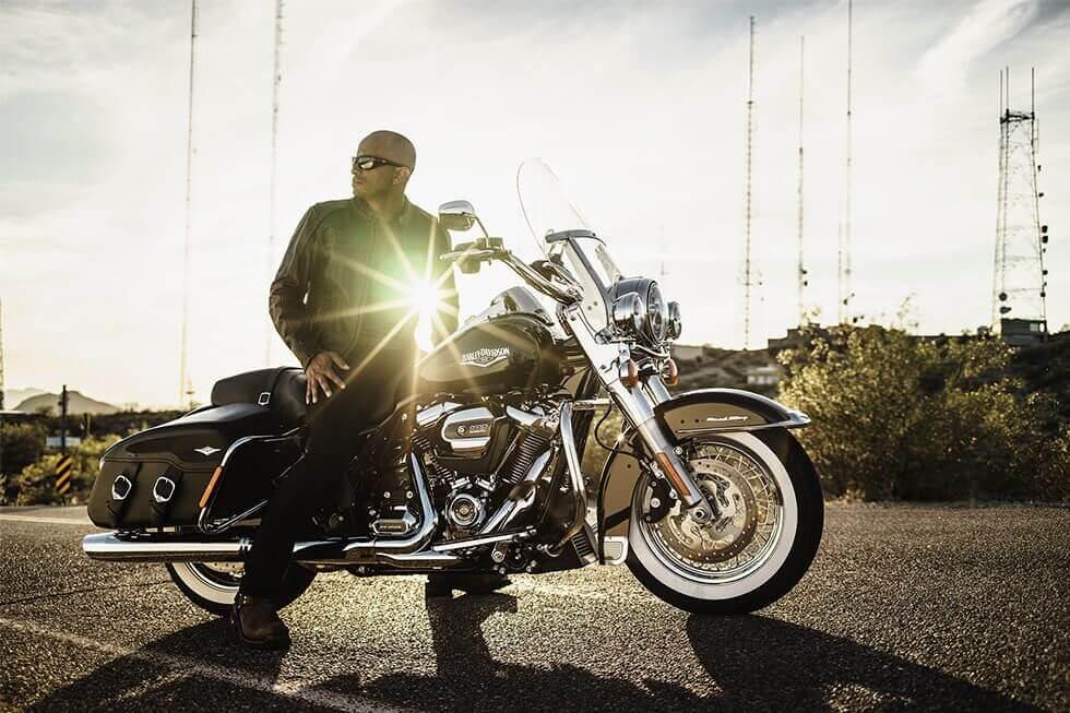 harley-davidson-road-king-classic-09